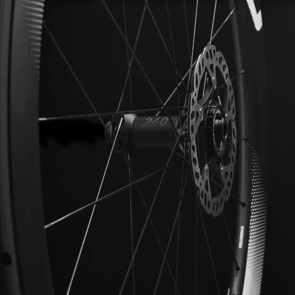FFWD Wheels RYOT55 Team Tech DT240 EXP Hub 1